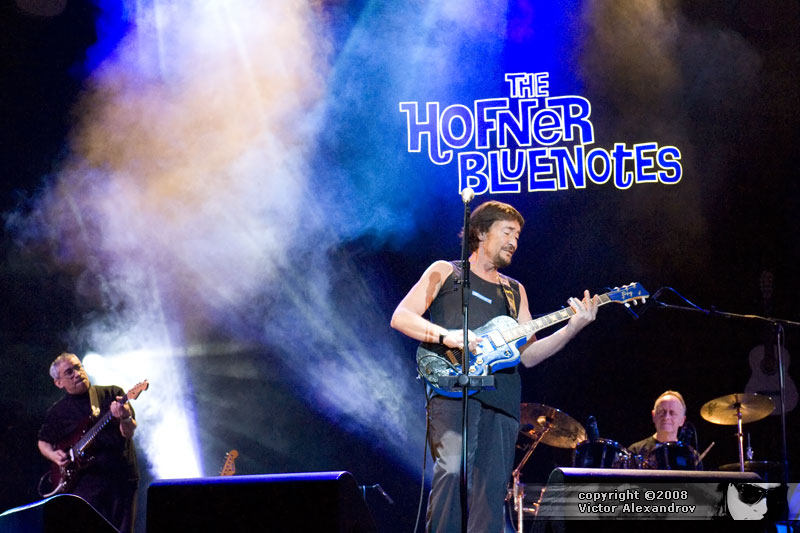 The Hofner Bluenotes