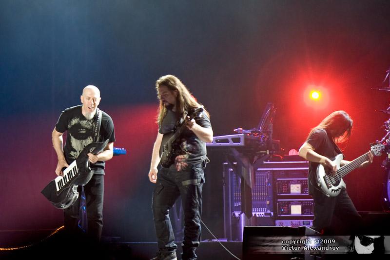 Jordan Rudess, John Petrucci & John Petrucci