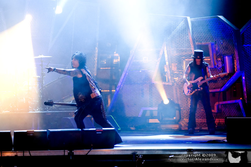 Nikki Sixx & Mick Mars