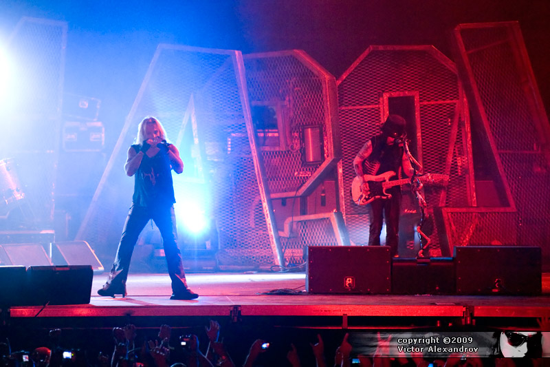 Vince Neil & Mick Mars